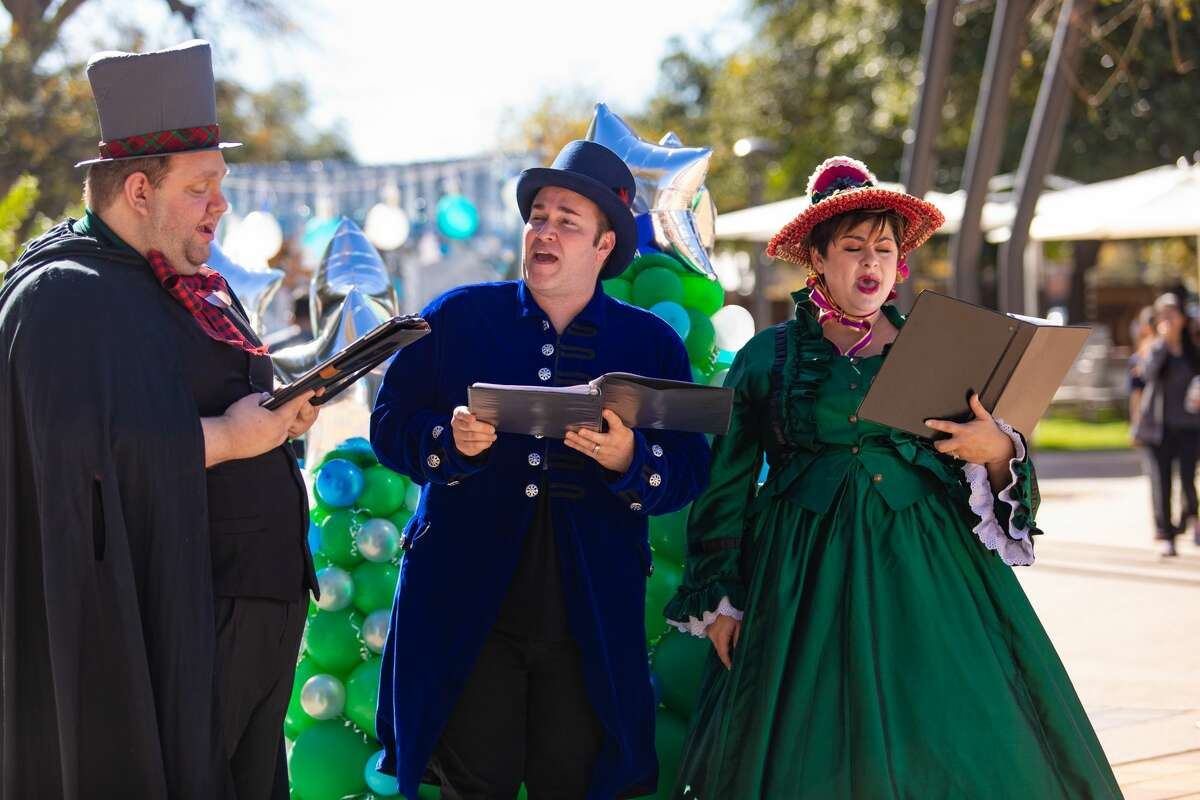 Find real snow, carolers and more holiday fun at a free Christmas drive-thru taking place at the Hemisfair on Saturday.