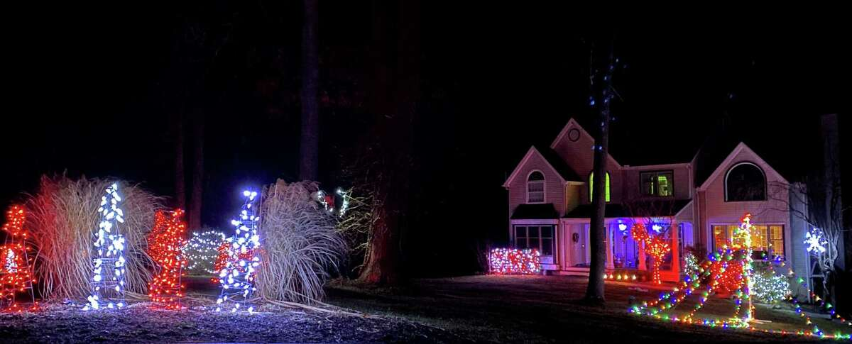 Residents of Colonial Ridge, Hemlock Lane and Patriot's Way in the Gaylordsville section of New Milfordrecently held a friendly neighborhood lights competition and sip and stroll.