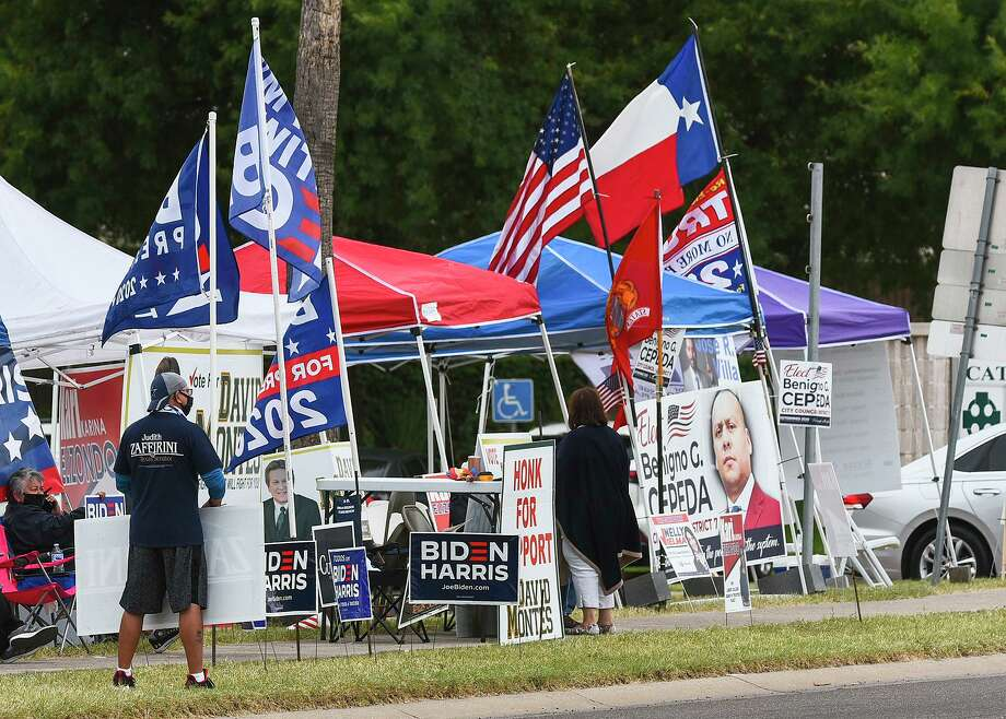 Supporters of 2020 candidates gather across the street from the Fire Department Administrative Center on Friday, Oct. 16. Photo: Danny Zaragoza /Laredo Morning Times File