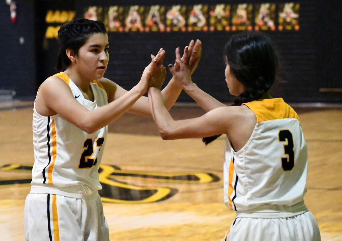 Kress picked up a pair of wins in a District 1-4A basketball doubleheader against Anton on Dec. 15, 2020 in Kress. The Lady Roos came out on top 42-36 and the Kangaroos won 67-58.