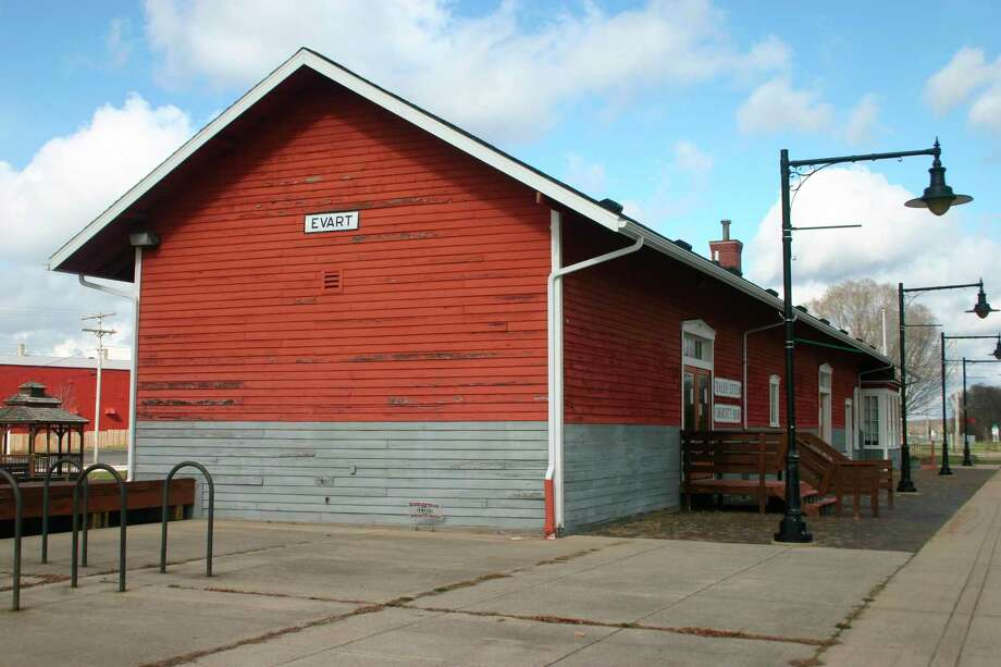 Peeling paint can be seen on the exterior of the Evart Depot building. The city is seeking bid proposals for the exterior restoration of the building. (Herald Review file photo)