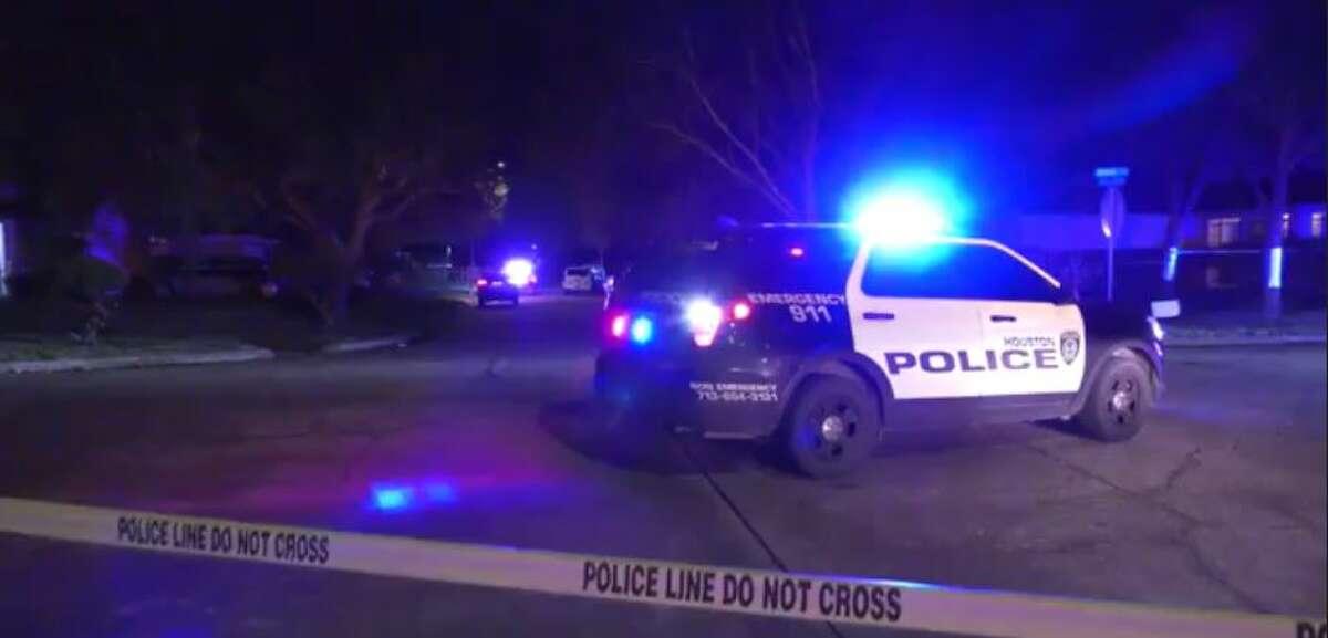HPD investigates a fatal Tuesday night shooting on the 15300 block of Appleridge Drive near Missouri City.