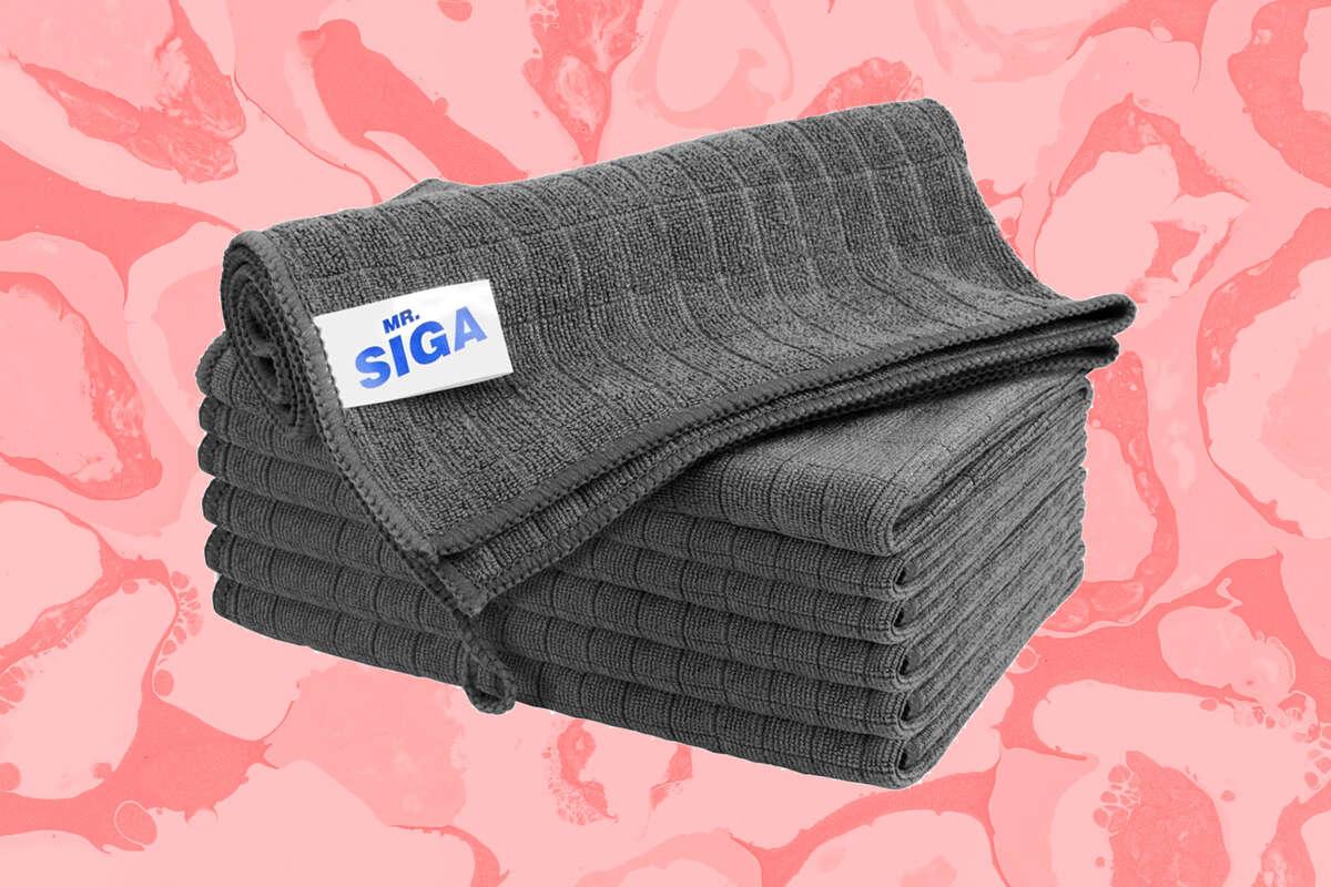 MR.SIGA Microfiber Cleaning Cloth, $11.99 on Amazon