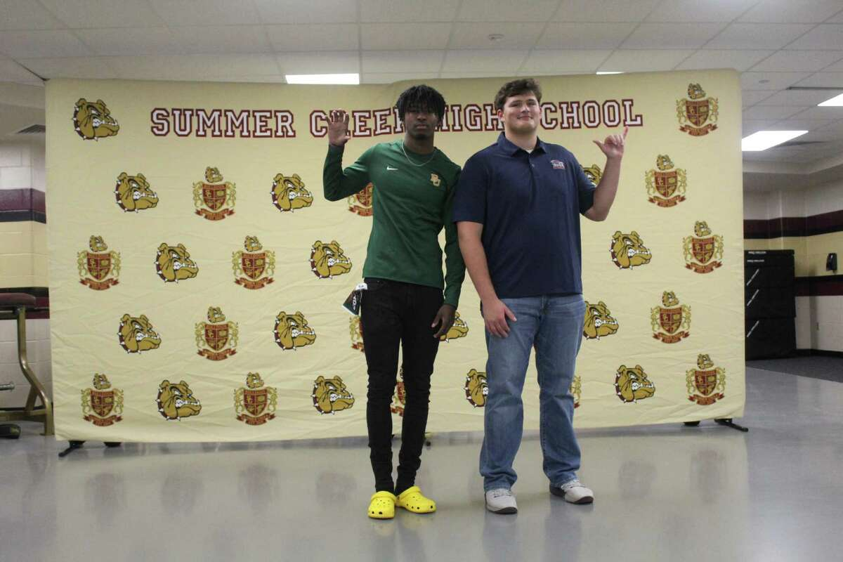 Summer Creek Elijah Bean (left) signed to paly with Baylor while teammate Luke Lapeze (right) signed to play with UTSA on early national signing day.