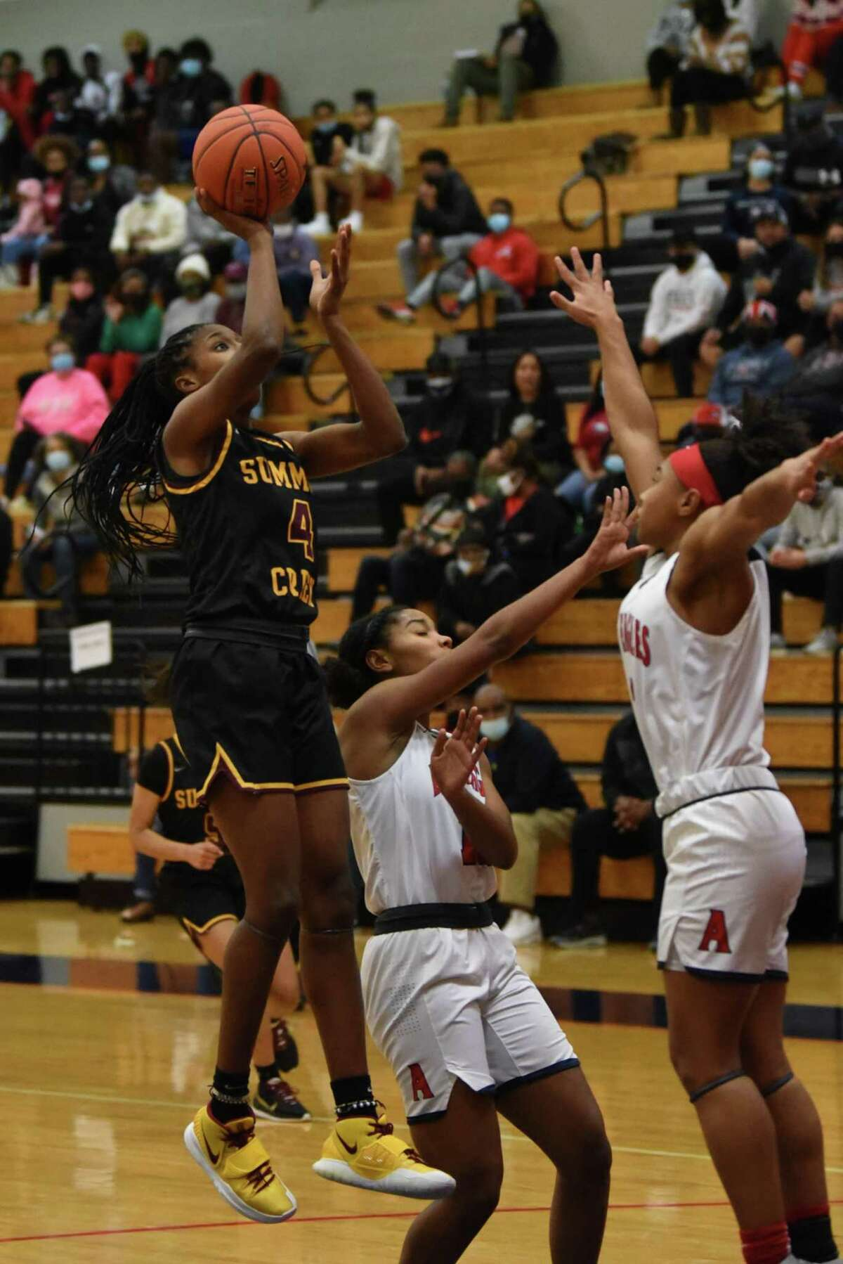 Summer Creek's Kaitlyn Duhon scored a game-high 14 points in the Lady Bulldogs' upset win over No. 20 Atascocita earlier this season.