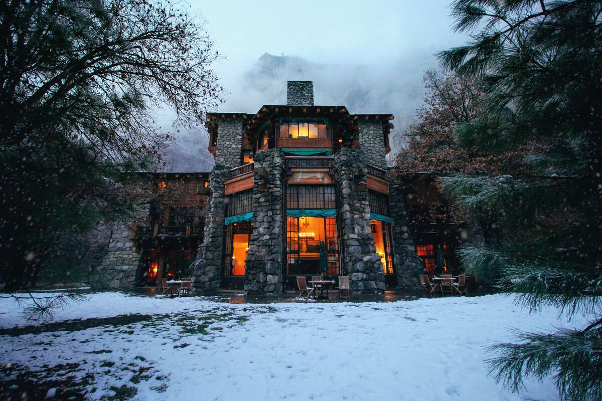 Yosemite's Ahwahnee Hotel, where employees are required to wear masks but guests are not.