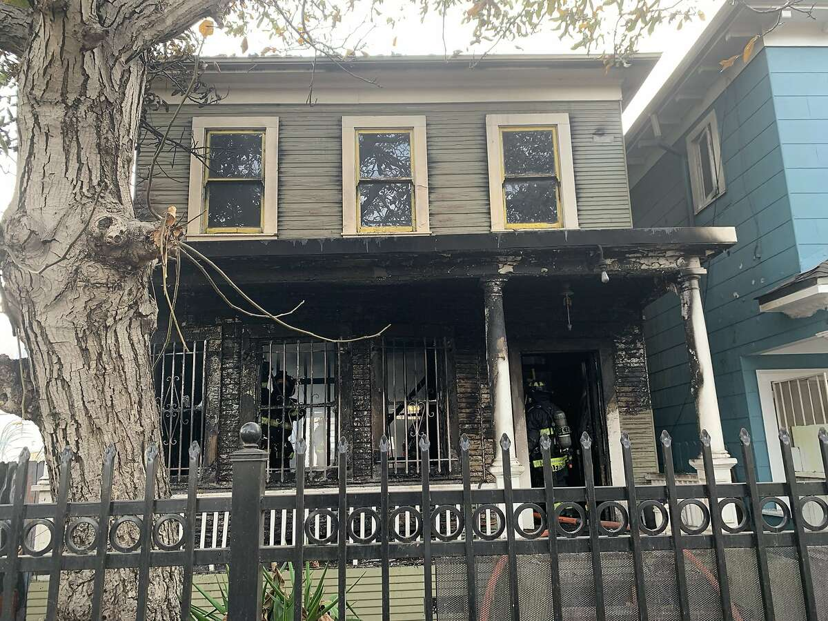Nine people were displaced from a fire that damaged two residences in Oakland on Wednesday afternoon, according to Oakland Fire Department officials. No injuries were reported shortly before 3 p.m., but Oakland fire officials said said six adults and three children were displaced from the fire.