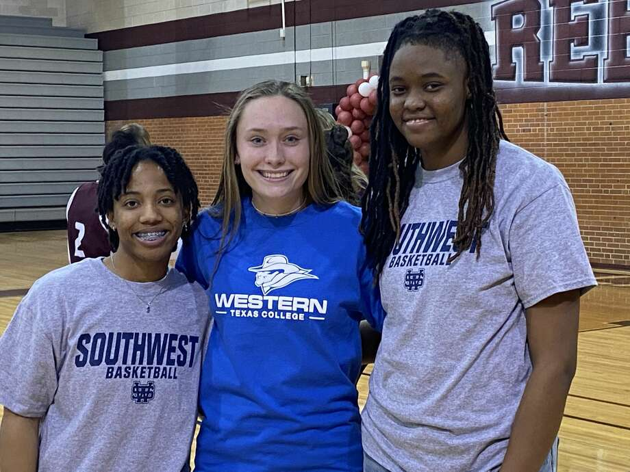 Three Lee girls athletes signed with colleges Wednesday. Pictured left to right are Alyssa Green (University of Southwest basketball), Brylee Awbrey (Western Texas College volleyball) and Kamaurie Lee (University of Southwest basketball).