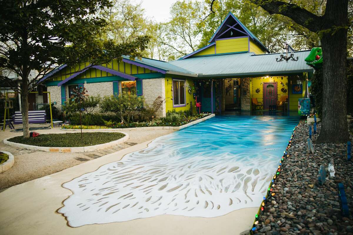 Austin's Weird Homes Tour is looking for eight