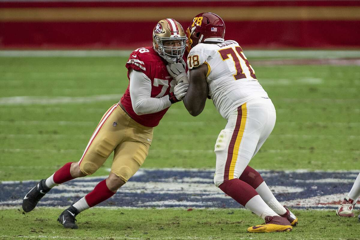 Defensive end Jordan Willis (left) has 2.5 sacks in 100 snaps with the 49ers. He got 3 sacks in over 900 snaps in his stints with the Bengals and the Jets.