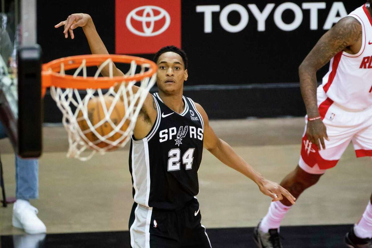 Rookie Devin Vassell was a bright spot for the Spurs. The first-round pick had 18 points, including 2 of 4 from long range.