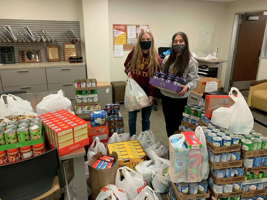 The Ferris Student GovernmentAssociationwas able to collect and donatemore than 1,000 nonperishable food items to Project Starburst during a Thanksgiving canned food drive. (Courtesy photo)