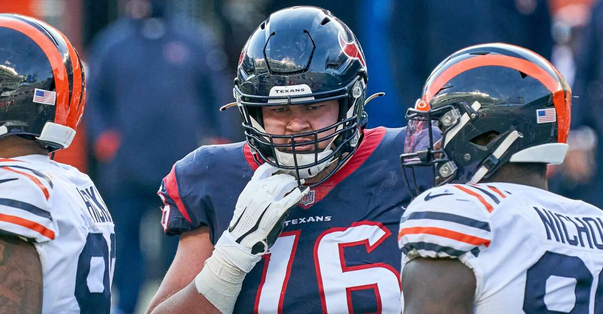 Houston Texans offensive tackle Brent Qvale (76) looks on in action during a game between the Chicago Bears and the Houston Texans on December 13, 2020, at Soldier Field in Chicago, IL. (Photo by Robin Alam/Icon Sportswire via Getty Images)