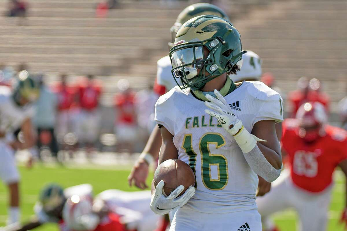 JP Martin, a Cy Falls multisport star athlete, was featured on Fox 26's