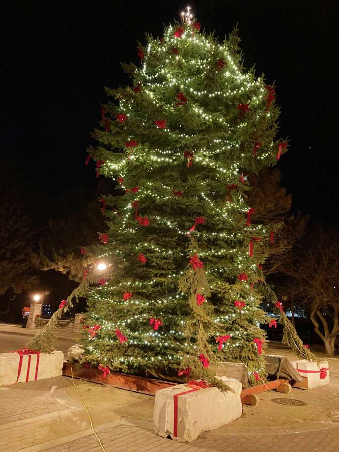 The National Fire Protection Association shared statistics highlighting the increased risk of fire during the holidays and how to stay safe. (Dylan Savela/News Advocate photo)