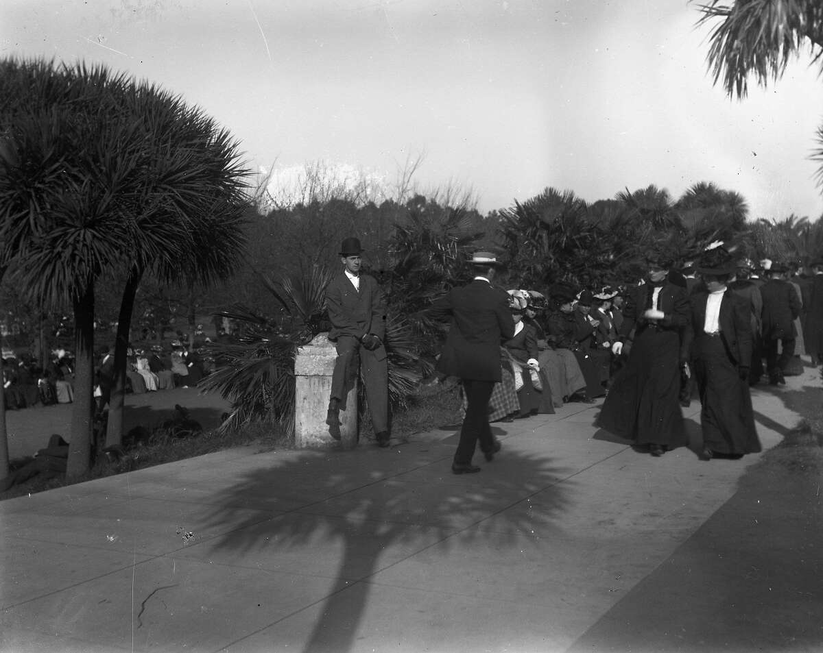 People gather in Golden Gate Park, late in 1906 or early 1907, an image from one of the glass negatives.