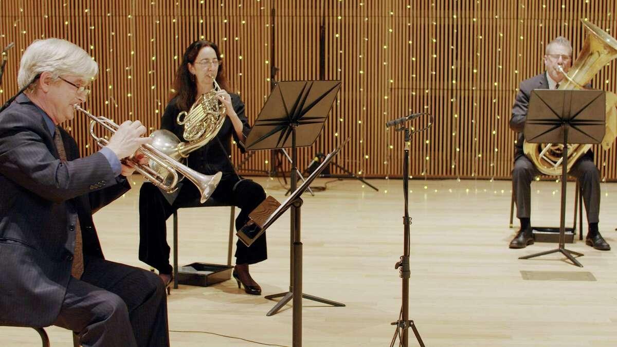 The Stamford Brass Quintet will play festive carols after Vivaldi's