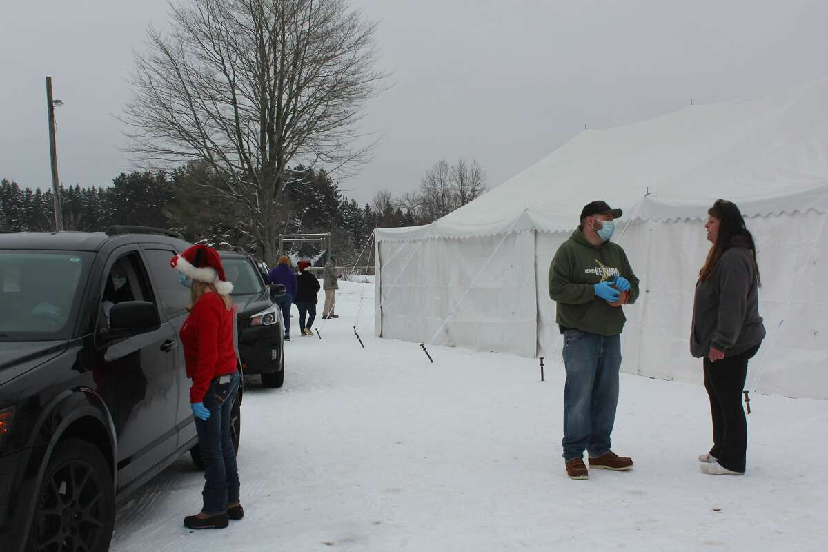 The Mecosta VFW Post No. 2335 hosted a drive-thru Christmas party Saturday, allowing area families to stop by for food, hot chocolate, coffee and more. During the event, kids also had the chance to get out of their vehicles and select a toy for the holidays. The Mecosta VFW Post No. 2335 hosted a drive-thru Christmas party Saturday, allowing area families to stop by for food, hot chocolate, coffee and more. During the event, kids also had the chance to get out of their vehicles and select a toy for the holidays.