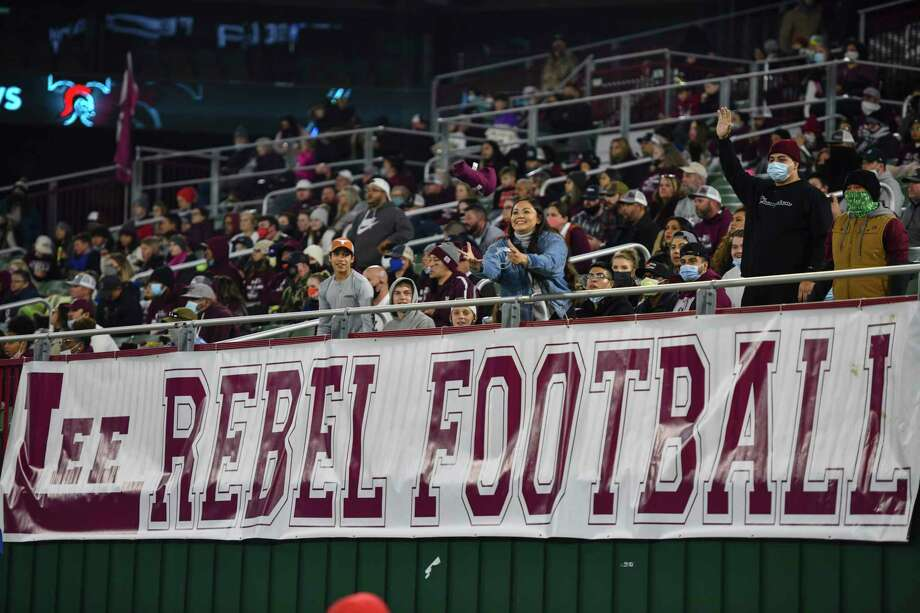 Scenes from Lee's game against Trinity on Saturday, Dec. 19, 2020 at Globe Life Park in Arlington.   Jacy Lewis/Reporter-Telegram Photo: Jacy Lewis/Reporter-Telegram