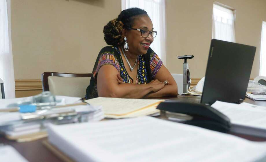 Rita Wiltz, exectuive director with with Children's Books on Wheels, takes part in a Zoom call, Tuesday, Sept. 1, 2020. Photo: Jason Fochtman, Houston Chronicle / Staff Photographer / 2020 © Houston Chronicle