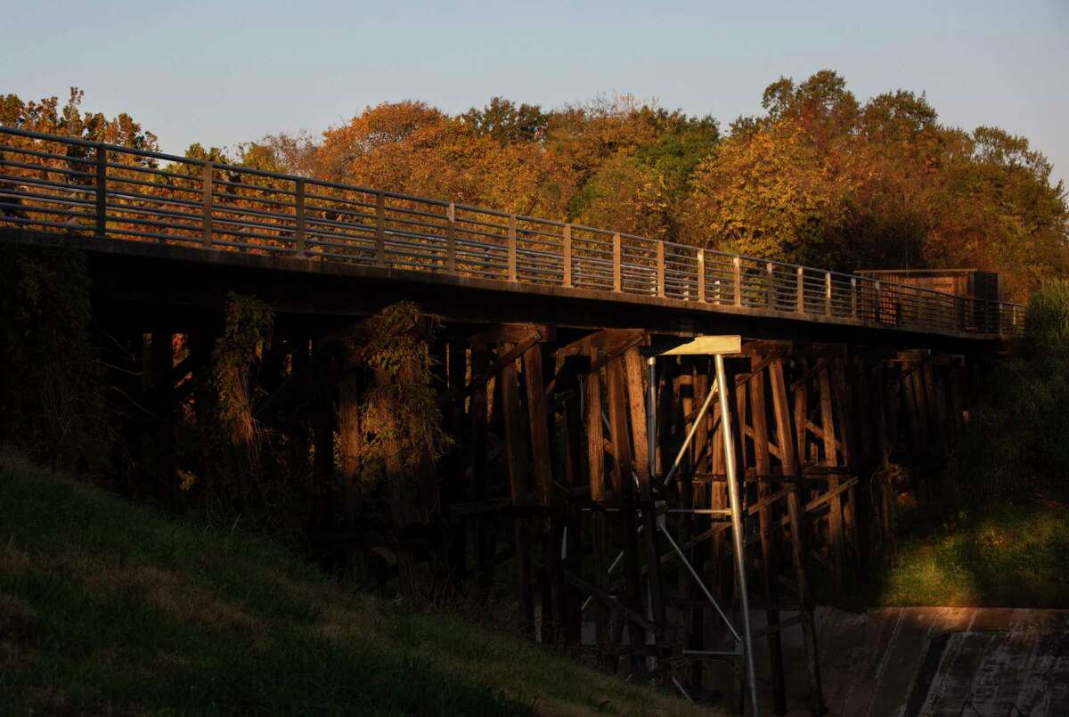 The M-K-T Bridge, which carries the Heights Hike and Bike Trail across the White Oaks Bayou, has been closed since August due to a fire.