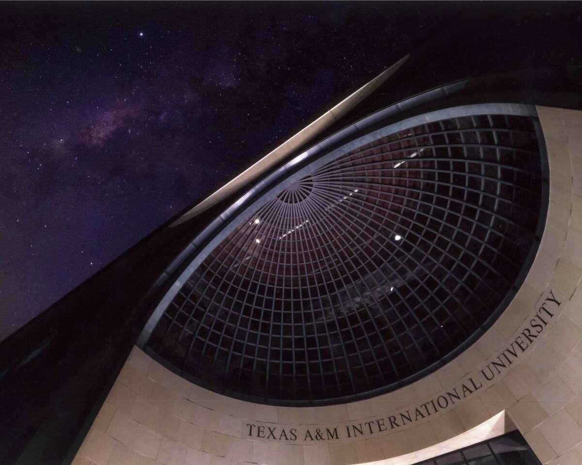 "Ernesto Gonzalez's photograph of the ""Texas A&M International University"" won second place."