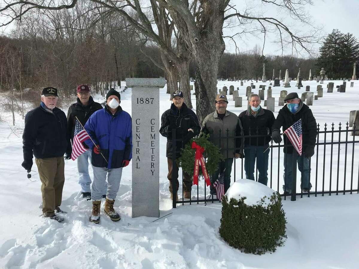 Jim McDermott, Greg Dembowski, Mario Nacinovich, Joe Wielock, Tom Insinna, Rick Kappel, Steve Harding Sr. lay wreaths in honor of fallen veterans.