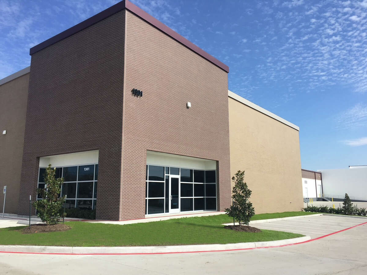 Denver-based EverWest Real Estate Investors purchased 1301 S. 16th St., La Porte. The recently completed, 109,00-square-foot warehouse was purchased from Phelan-Bennett Development.