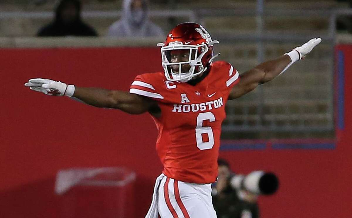 """All-AAC cornerback Damarion Williams is among five players so far who have told UH coach Dana Holgorsen they plan to return for a """"second"""" senior season."""