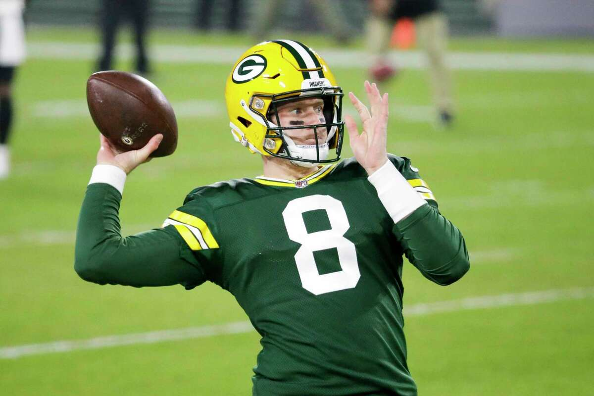 The Packers' Tim Boyle warms up before Saturday's game against the Carolina Panthers.