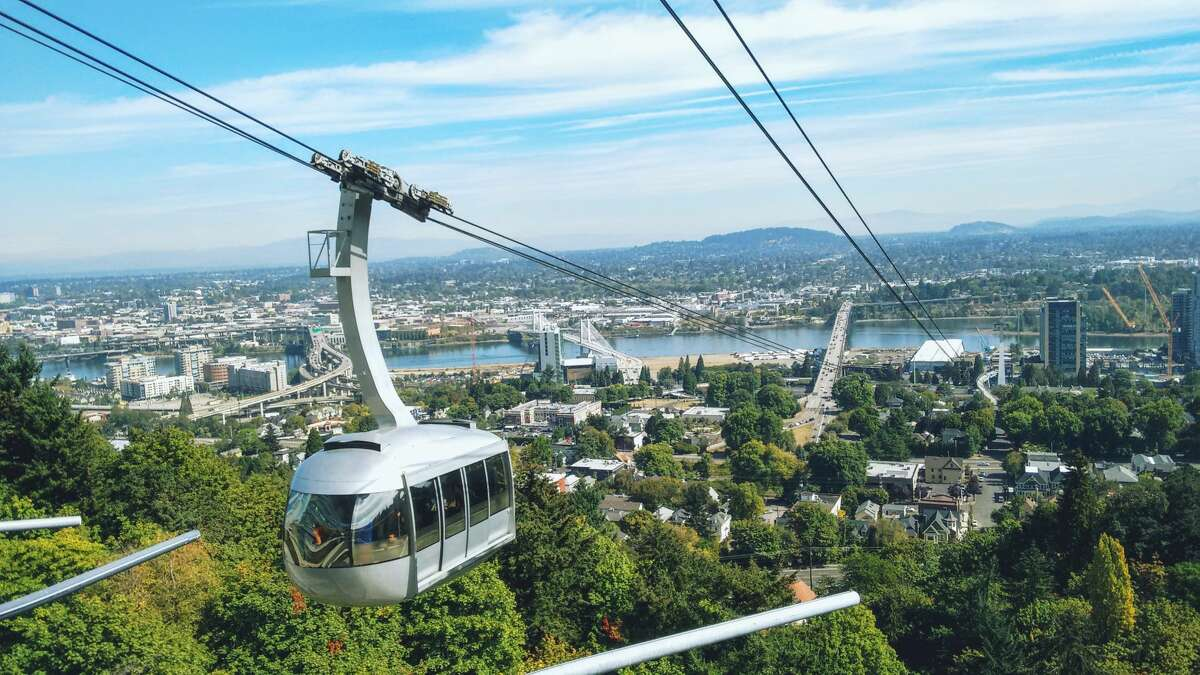 With bridge closed, some West Seattleites want to build a gondola