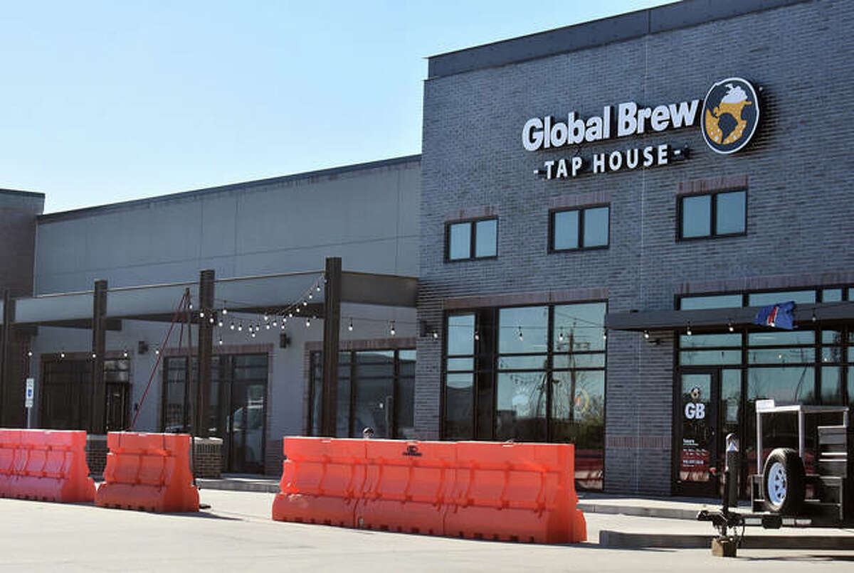 The new Just Right Eating will be in the Ironworks Plaza, left of the Global Brew Tap House.