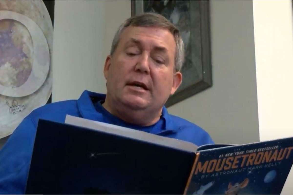 """Former astronaut and Friendswood Mayor Mike Foreman found a book to read to kids on the city's Youtube channel that was right up his alley - """"Mousetronaut."""""""
