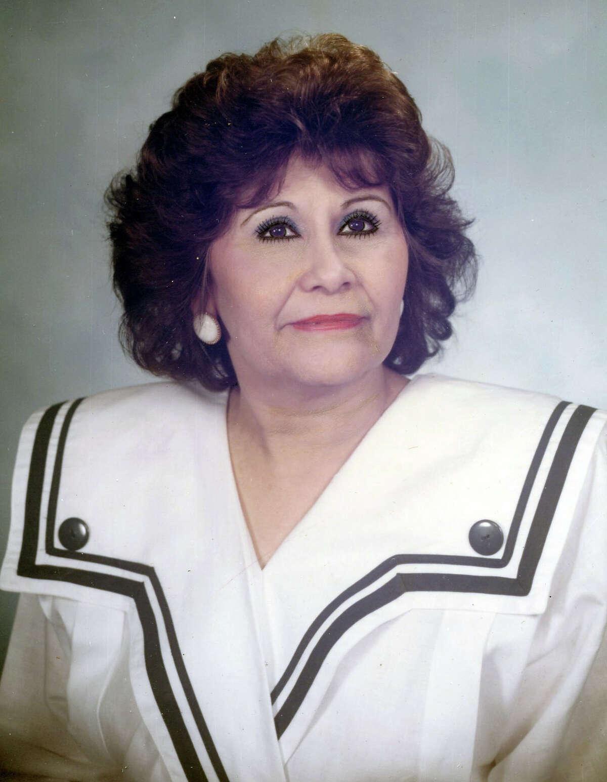 Dora T. Rosell