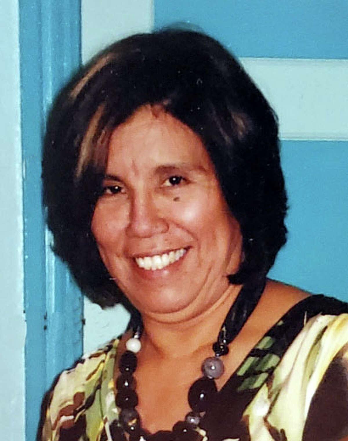Maria D. Polendo