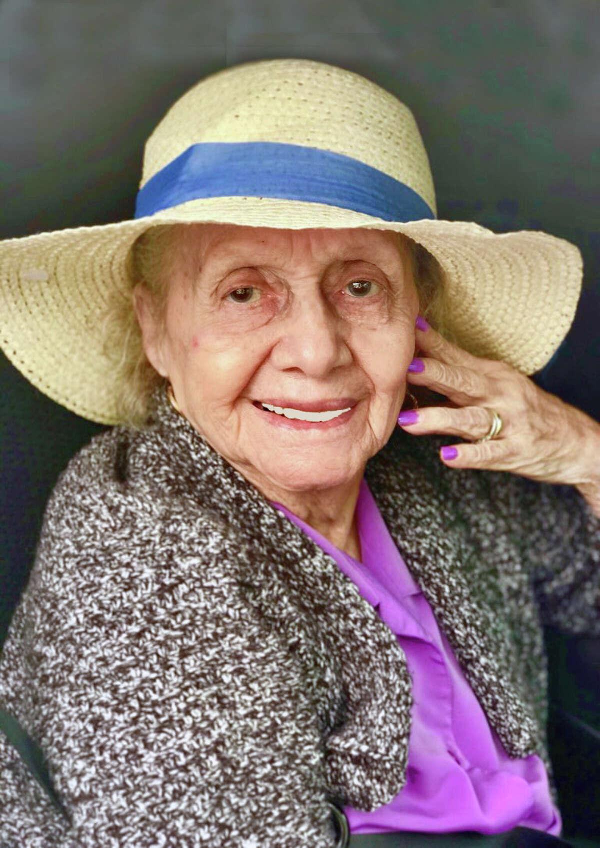 Juanita Soto-Costilla