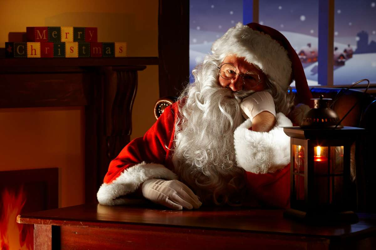 The combination of the COVID-19 pandemic and the controversial AB5 law has decimated incomes for many independent performers who make their livings as professional Santas and Mrs. Clauses.