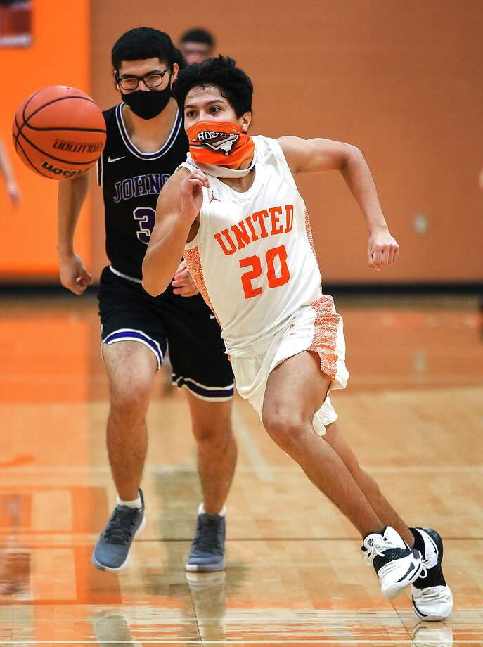 Sebastian Luna scored 22 points Tuesday in United's 82-45 victory at home over LBJ. Photo: Danny Zaragoza /Laredo Morning Times