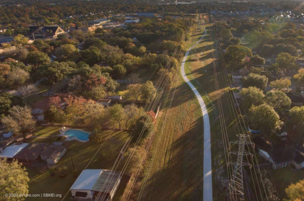 The Spring Branch Management District, Houston Parks Board and the Houston Parks and Recreation Department has completed Spring Branch Trail Phase 1.