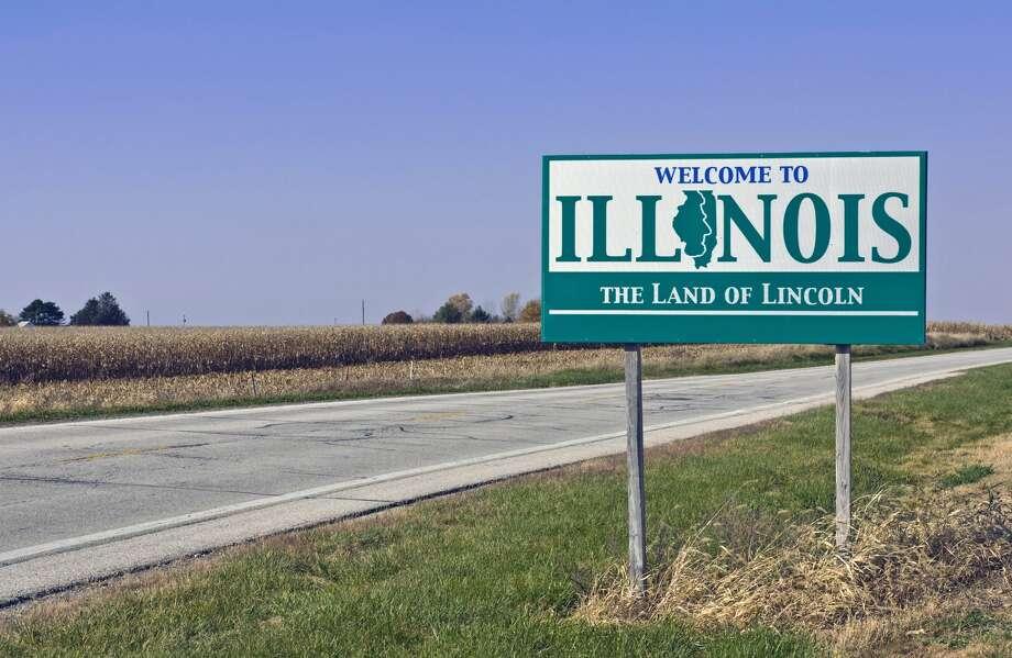 The U.S. Census Bureau estimates about 253,000 people have stopped calling Illinois home in the past decade. Photo: Welles Enterprises / wellesenterprises