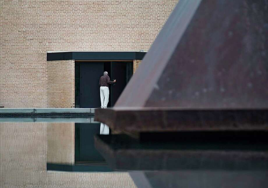 Vistors to the the Rothko Chapel in Houston after it had reopened following renovations on Thursday, Sept. 24, 2020. Photo: Elizabeth Conley Staff Photographer / © 2020 Houston Chronicle