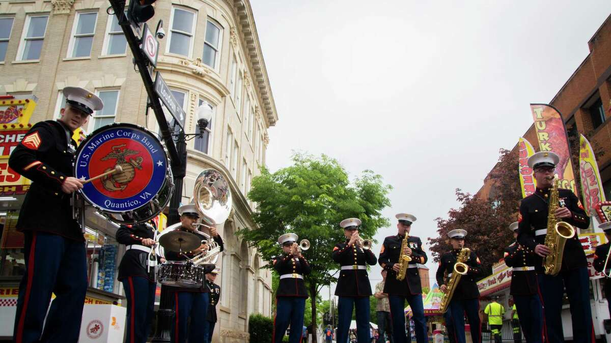 Having missed out on their annual Vincent Vizzo Concert at the Klein Memorial in October, the U.S. Marine Corps Band will be offering a free virtual concert available through the Klein's website at 7 p.m. Dec. 31.