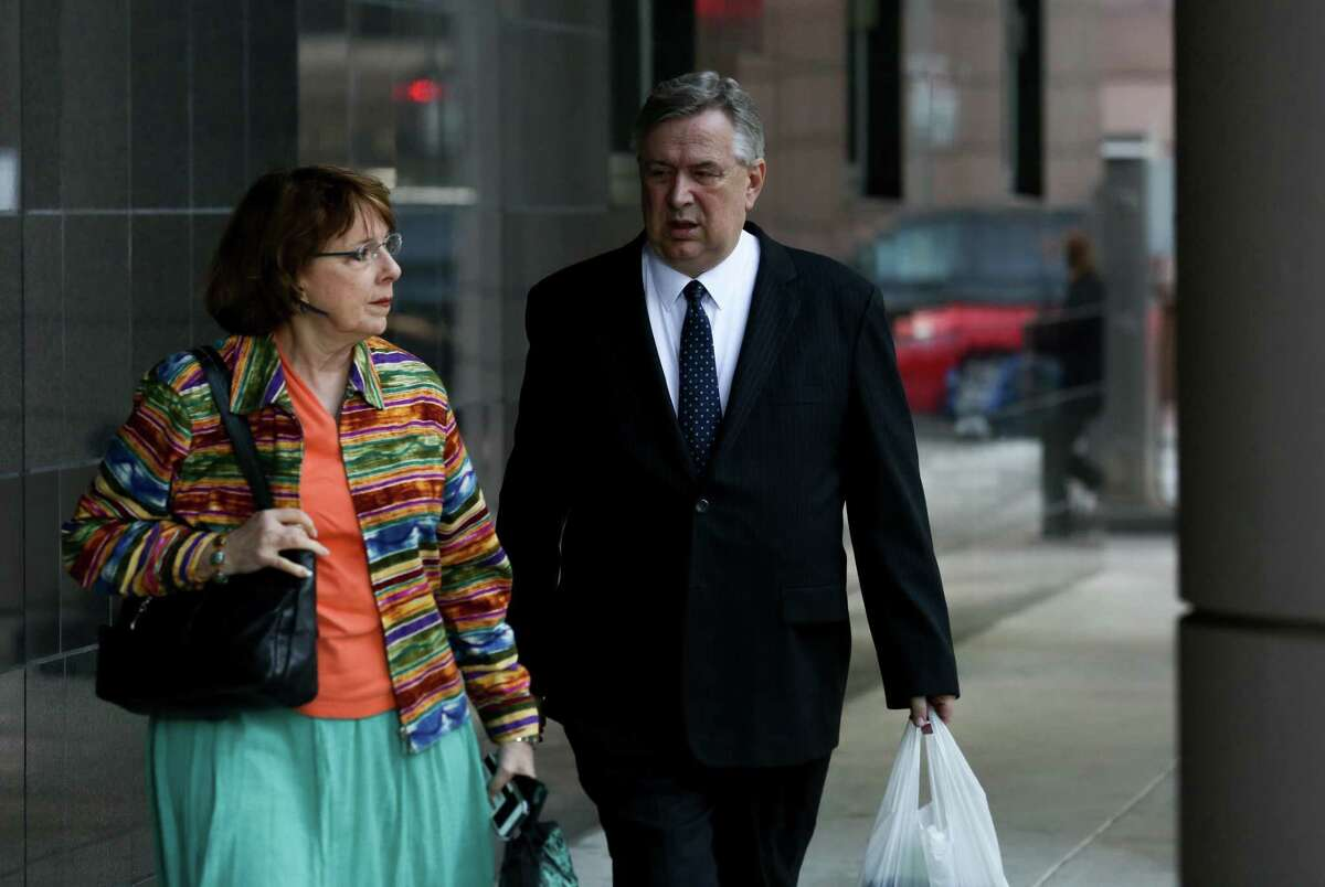 Former U.S. Congressman Steve Stockman and his wife Patti Stockman walk into the Federal Courthouse for jury deliberation on the federal corruption charges against him Tuesday, April 10, 2018, in Houston. ( Godofredo A. Vasquez / Houston Chronicle )