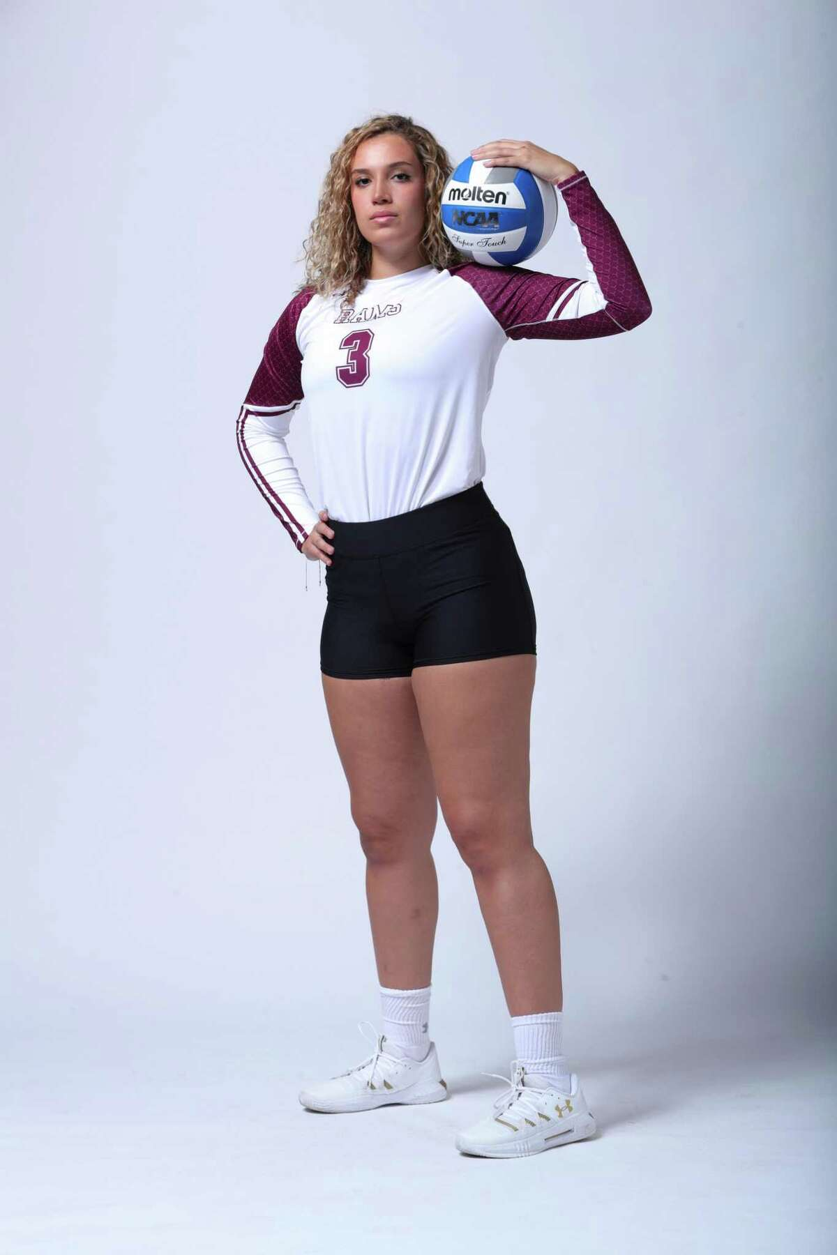 Former United volleyball player Lauren Arzuaga is preparing for her first collegiate games starting early in 2021.