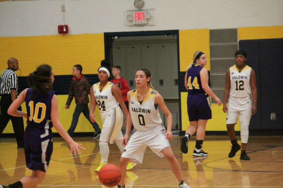 Girls and boys basketball seasons are likely to be shorter this winter. (Star file photo)