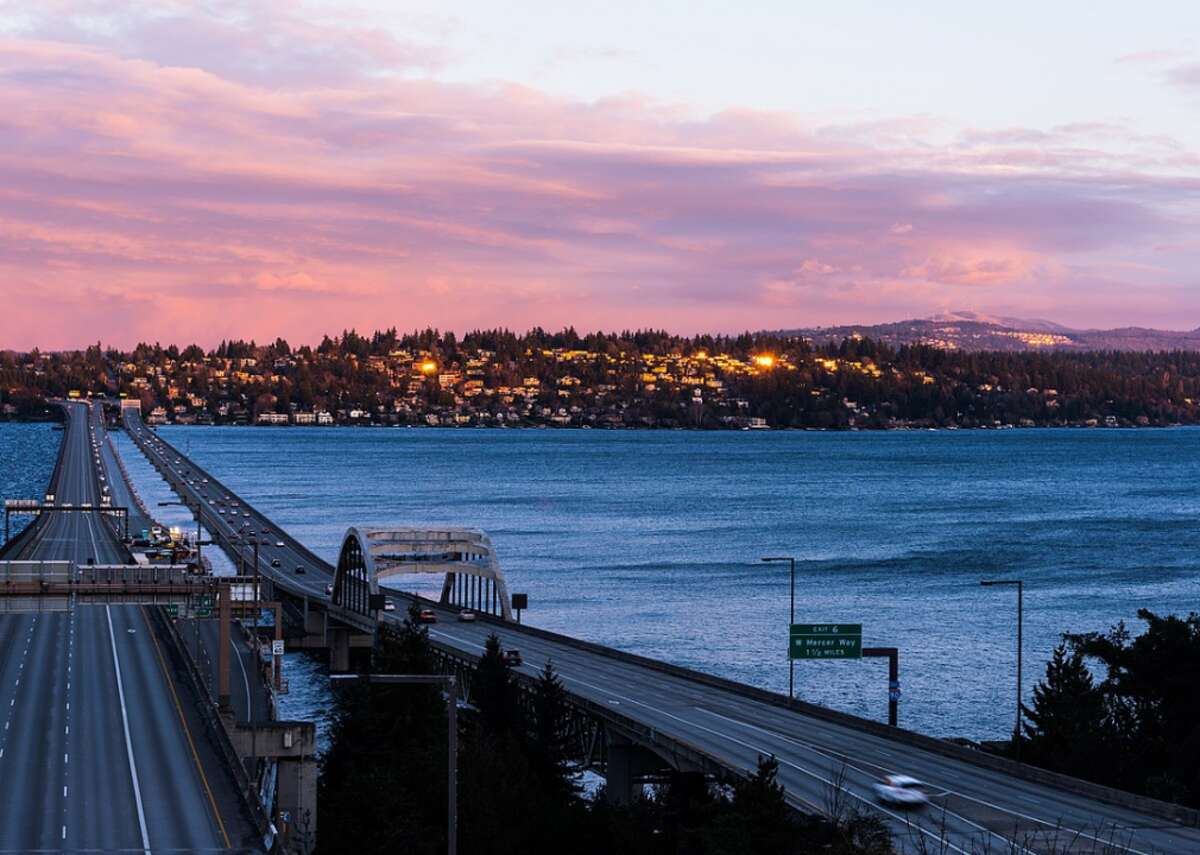 #42. Mercer Island, Washington - Population: 25,492 - Median home value: $1,135,200 (71% own) - Median rent: $1,977 (29% rent) - Median household income: $142,413 Located in Lake Washington between Seattle and Bellevue, Mercer Island is rated the fifth-best suburb to live in Washington, according to Niche. Peppered with public green spaces like Luther Burbank Park, Mercerdale Park, Pioneer Park, and Groveland Beach Park, there is ample opportunity for outdoor recreation. Mercer Island also has low crime rates and a highly educated population:40% of residents have a master's degree or higher.