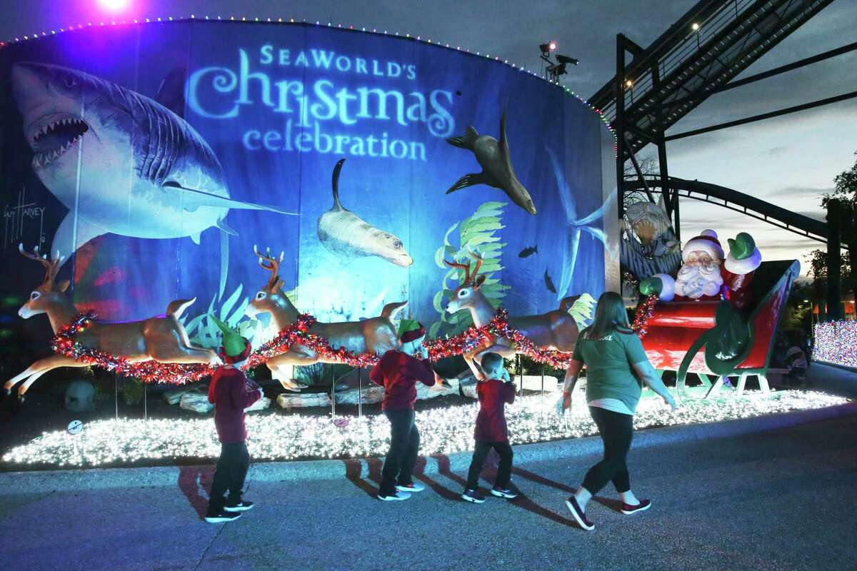 SeaWorld San Antonio will stay open on weekends this winter - instead of closing after the holiday season, as it did in the past - in an attempt to recover from the damage COVID-19 inflicted on the theme park this year.
