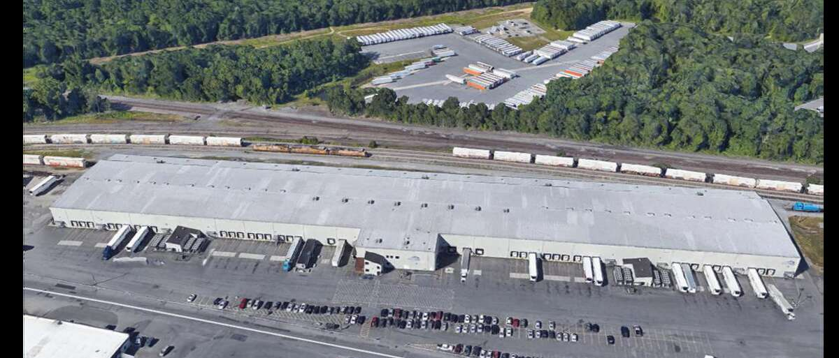 The Rotterdam warehouse is large enough to drive a train through, which is how Railex trains were unloaded. The building is 228,000 square feet, of which 100,000 is cold storage. (Courtesy of Schenectady County Metroplex Development Authority)