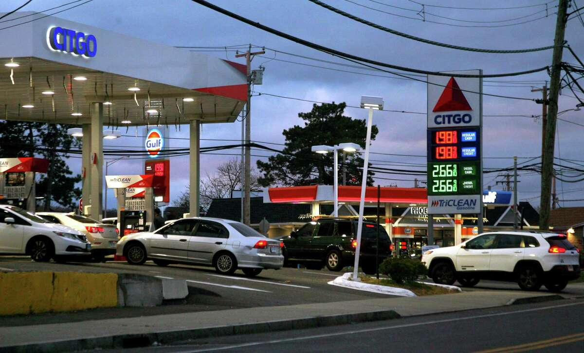 Cars line up to get gas at the Citgo Station along Housatonic Avenue in Bridgeport this month.