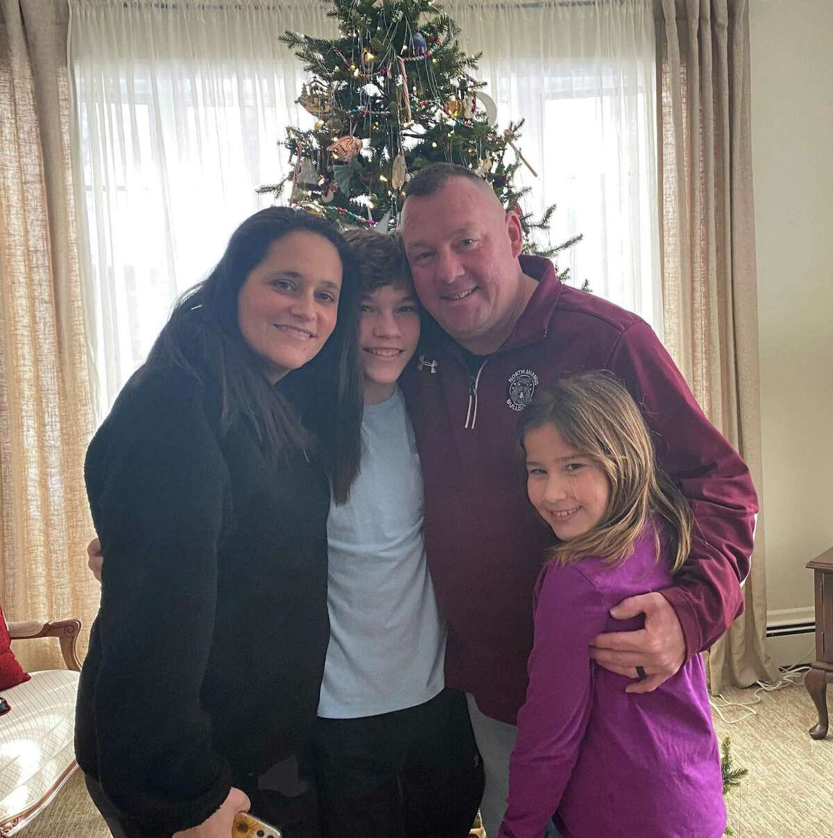 The O'Donnell family is spending Christmas in Connecticut together, after Sean O'Donnell returned from a deployment overseas. He and his wife, Kim, surprised their children Matthew and Keira.